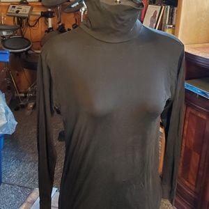 NEW LLBEAN  silk turtleneck